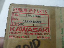KAWASAKI KD125 KE125 KX125 RIGHT HALF CRANKSHAFT NOS OEM  PT# 13038-054 OM3