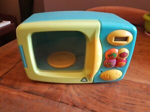 ELC toy microwave play kitchen accessory