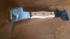 Multi-Use Hive Tool, Stainless Steel with Wooden Handle. Beekeeping. Honey Bee