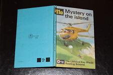 Ladybird Key Words  Reading Scheme Peter & Jane 11a Mystery on the Island 18p