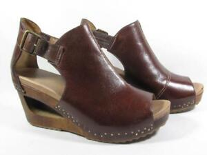 Dansko Sable Wood Cut Out Wedge Sandal Women size 39 US 8.5-9 Brown Leather