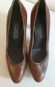 Russell & Bromley For Stuart Widezman Brown Leather Platform Heels Sz 8.5