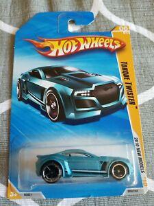 2010 Hot Wheels TORQUE TWISTER Light Blue 6/240 EXCELLENT CARD New Models