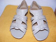 NATURALIZER Gr. 39 Sandalen Sandaletten NEU Hinten geschlossen moonstone beige