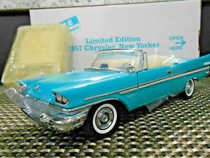 Danbury Mint 1:24 1957 Limited Edition Chrysler New Yorker Convertible