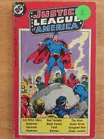 Justice League of America DC Tempo Book Series - Batman - Superman