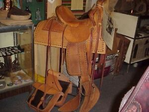 US Marshal Ralph Hooker Spotted Highback Saddle Bags & Slicker Museum Show piece