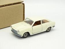 Politoys SB 1/43 - Autobianchi Primula Coupe Blanche 548