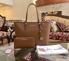 NWT,AUTHENTIC MICHAEL KORS LARGE JET SET TRAVEL MULTI FUNCTION TOTE+WALLET $520