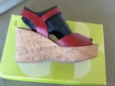 DOLCE VITA 6M NWT RED WITH CORK SOLES