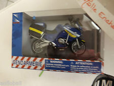 MOTO MINIATURE BMW R 1200 RT P GENDARMERIE NATIONALE 1/18  NOUVEAU DECOR