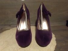Qupid women's purple velvet classic pumps SIZE 7 HEELS ARE 5 INCHES NEW NWT