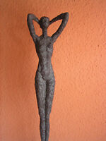Frauenskulptur groß abstract, Bronze-Antik Optik, Polyresin, nackte Frau, 59 cm