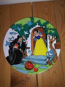 Walt Disney 1st. Edition Plate Snow White  & 7 Dwarfs The Witch & Apple 1983