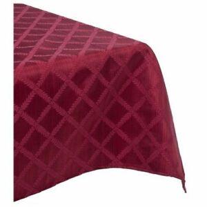 "Lenox Laurel Leaf 70""X144"" Oblong Tablecloth"
