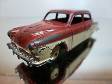 DINKY TOYS 172 STUDEBAKER - TWO TONE 1:43 - GOOD CONDITION