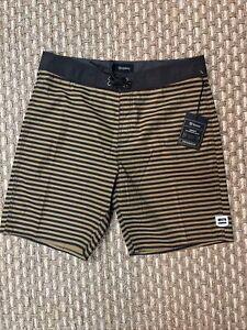 Brixton Barge Performance Trunk Stripe Board Shorts Swim Shorts Mens Size 34 NWT