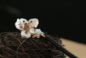 D13 Hair Pin Made Of Ebony With Pearl Bloom