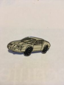 Pin's alpine Renault A310 Blanche