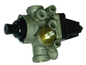 9753034730 0661689 COMPRESSED AIR PRESSURE CONTROLLER FOR DAF® IVECO® MAN® RVI®