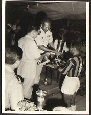 CAMBODGE KAMPUCHEA PHOTO LON-NOL ANCIEN PRESIDENT REMISE COUPE FOOTBALL 1962