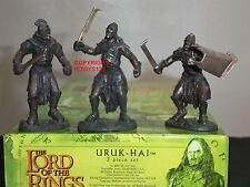 BRITAINS 40254 LORD OF THE RINGS FILM MOVIE URUK HAI METAL CHARACTER FIGURE SET