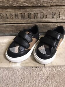 NEW BURBERRY baby boy plaid sneakers shoes sz 17 / US 2  no box - trusted seller