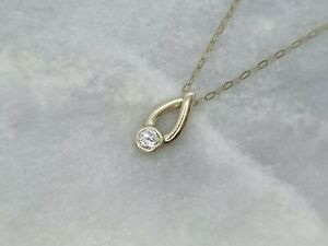 """Solid 9ct Yellow Gold Pendant Sparkly White Stone On A 16"""" Trace Chain Not Scrap"""