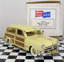 1:43 Motor City USA 1950 Ford Woody Station Wagon MC13 (Yellow)