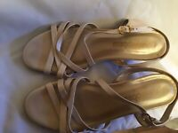 Magdesians Caifornia Strappy Beige Leather Sandals Size 7 1/2 M