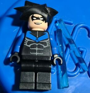 Genuine Lego DC BATMAN Nightwing Minifigure from 7785 bat015 displayed only