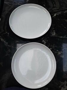 Jamie Oliver White Royal Worcester 1 x Pukka & 1 x munchies plates