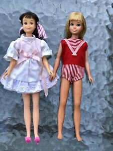 1960'S MATTEL BARBIE SKIPPER AND SKOOTER DOLLS WITH CLOTHING COLLECTION- JAPAN