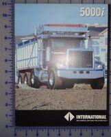 1993 International 5000i Truck Brochure Folder