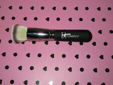 It Cosmetics Heavenly Luxe Flat Top Buffing Foundation Brush No.#6