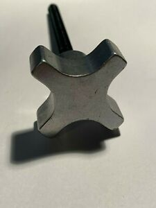 "1"" Four Lobed Aluminum Hand Knob with 10-24 X 1/2"" steel stud, AKA-0"