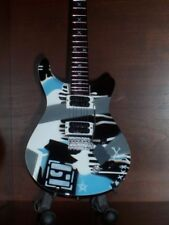Mini Guitar LINKIN PARK MIKE SHINODA GIFT Memorabilia FREE STAND Present ART