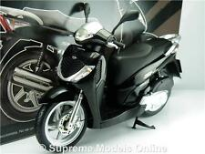 HONDA SH125I SCOOTER MOPED MOTORBIKE MODEL 1:12 SIZE BLACK SPECIAL ISSUE T34Z