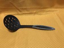 Tupperware TupperChef Soft Grip Skimmer