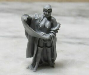 Toy Soldier 54mm 1/32 INQUISITOR / GIRL UNPAINTED