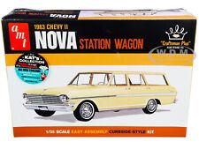 SKILL 2 MODEL KIT 1963 CHEVROLET II NOVA STATION WAGON 1/25 SCALE BY AMT AMT1202