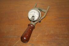 Vintage Weston Electrical Instrument Corp Battery Tester DC Volt Meter model 453