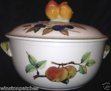 ROYAL WORCESTER EVESHAM VALE COVERED CASSEROLE DISH 1.25 QUARTS FRUIT & LEAVES