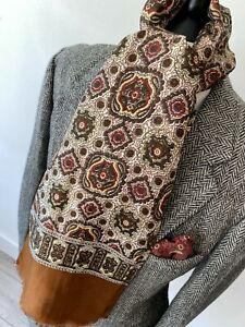 """VINTAGE mens 70's BROWN PAISLEY SATIN FEEL PSYCHEDELIC LONG SCARF 20 x 49"""""""