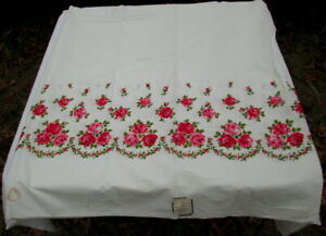 Vintage Red Roses Border Print Sewing Fabric Cotton Percale 7 Yds