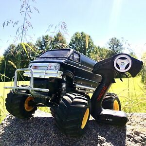 Lunchbox Vintage Monster Truck Tamiya W/Tactic Receiver And Transmitter Tested
