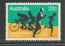 "Australia #750 (A294) Vf Mnh - 1980 22c ""Life Be In It"" - Joggers, Bicyclists"