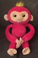 WooWee Fingerlings HUGS - BELLA - Friendly Interactive Plush Monkey Toy - pink