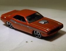 Hot Wheels 70 Dodge Challenger Diecast Car 2006 - Free Shipping USA