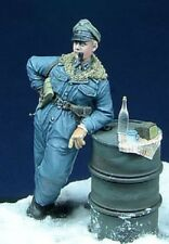 DDAY MINIATURE SS OFFICER SMOKING PIPE HUNGARY 1945 WWII 35007